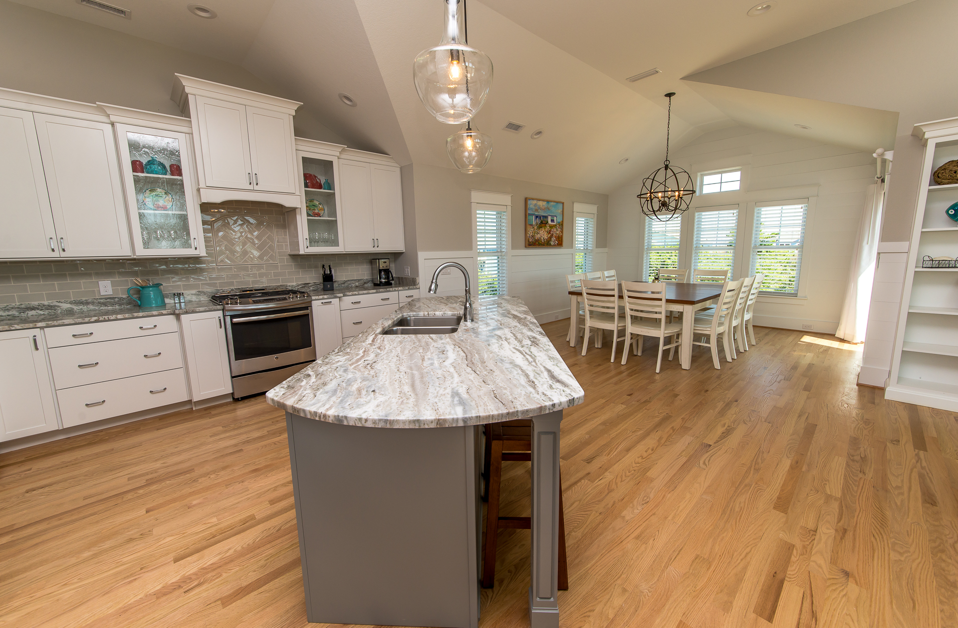 Hardwood floors and open floorplan